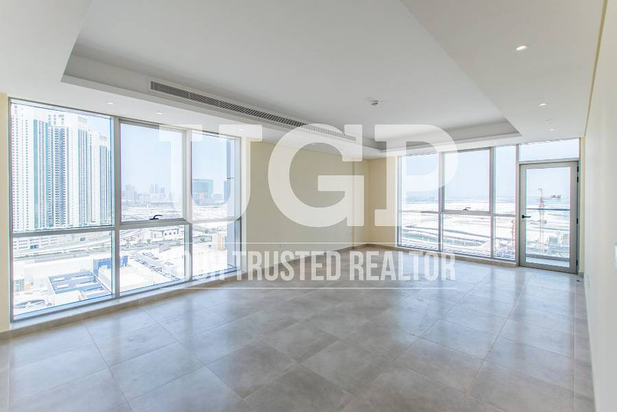 Newly 2BR Apt with balcony and amenities