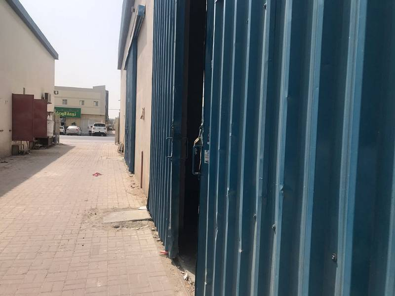 Warehouse for rent in Al Jurf opposite china mall 2000 sqft. prime location. Rent 50,000.