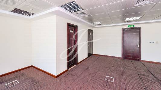 Office for Rent in Jumeirah Lake Towers (JLT), Dubai - Fitted - Open Layout - Close to Metro