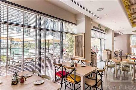 Shop for Sale in Jumeirah Lake Towers (JLT), Dubai - INVESTMENT // ROI 7. 3% // Running Restaurants