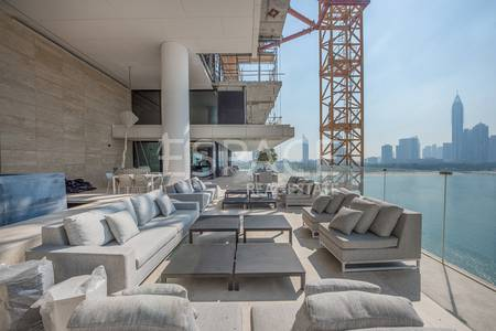 4 Bedroom Flat for Sale in Palm Jumeirah, Dubai - 5-Star Managed Sea and Skyline Views Penthouses