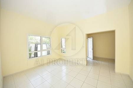 3 Bedroom Villa for Rent in The Lakes, Dubai - Well Maintained 3BR Type Cend in Maeen 3