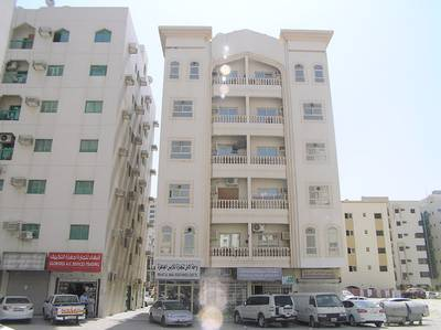 1 Bedroom Flat for Rent in Al Nabba, Sharjah - 1 B/R HALL FLAT IN NABBA AREA BEHIND MUBARAK CENTER