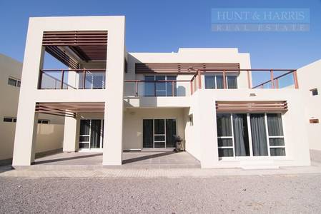 4 Bedroom Townhouse for Sale in Mina Al Arab, Ras Al Khaimah - Beachfront living at an attractive price