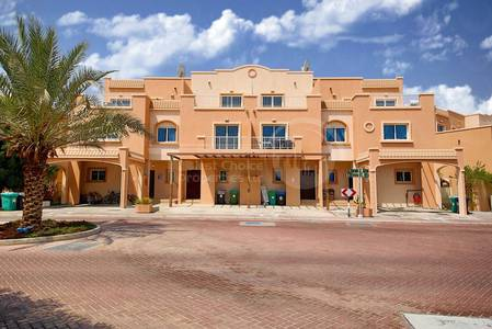 4 Bedroom Villa for Sale in Al Reef, Abu Dhabi - Outstanding Villa+Closed Kitchen! Call us!