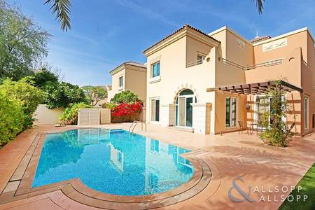 4 Bedroom Villa for Sale in Dubai Sports City, Dubai - Exclusive | Private Pool | Great Location