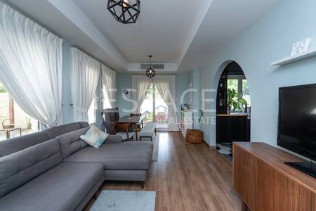 2 Bedroom Villa for Sale in The Springs, Dubai - Upgraded 4E on Huge Plot | Excellent view