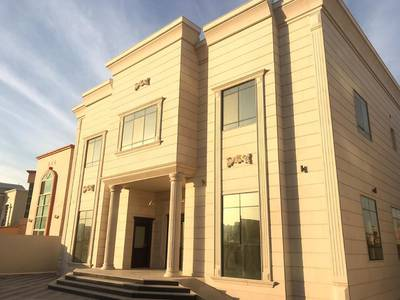 5 Bedroom Villa for Sale in Al Hamidiyah, Ajman - Marble frontage villa super deluxe finishing for sale in Ajman