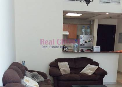 1 Bedroom Apartment for Sale in Dubai Marina, Dubai - Rented Property|Motivated Seller|1BR Unit