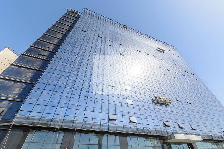 10 Vacant shell and core office in The Onyx