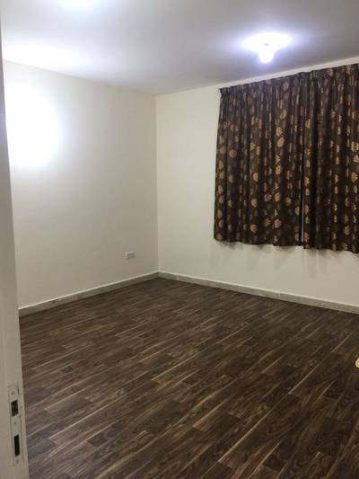 Studio for Rent in Al Mina, Abu Dhabi - NO AGENT FEE:  SPACIOUS STUDIO APARTMENT