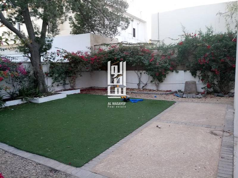 2 Luxurious 3 Bedroom Villa  With  Private Garden..