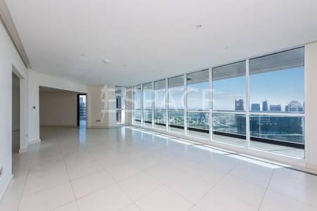3 Bedroom Flat for Sale in Dubai Marina, Dubai - High Floor Motivated Seller 03 Unit VOT