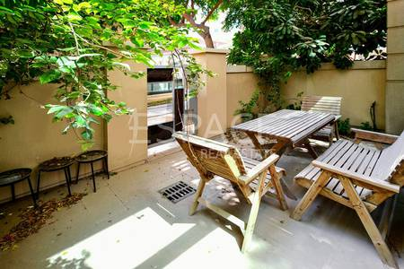 1 Bedroom Flat for Sale in Dubai Marina, Dubai - Spacious Apartment | Ground Floor | Garden