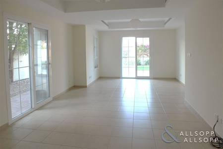 3 Bedroom Townhouse for Rent in Arabian Ranches, Dubai - 3 Bedrooms   Study   Backing onto Park
