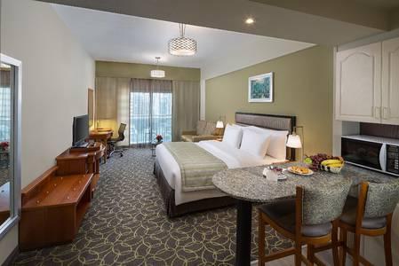 Hotel Apartment for Rent in Bur Dubai, Dubai - Savoy Dubai-Hotel Apartments DEWA Inclusive/No Deposit/ No Commission / Flexible Payment Terms