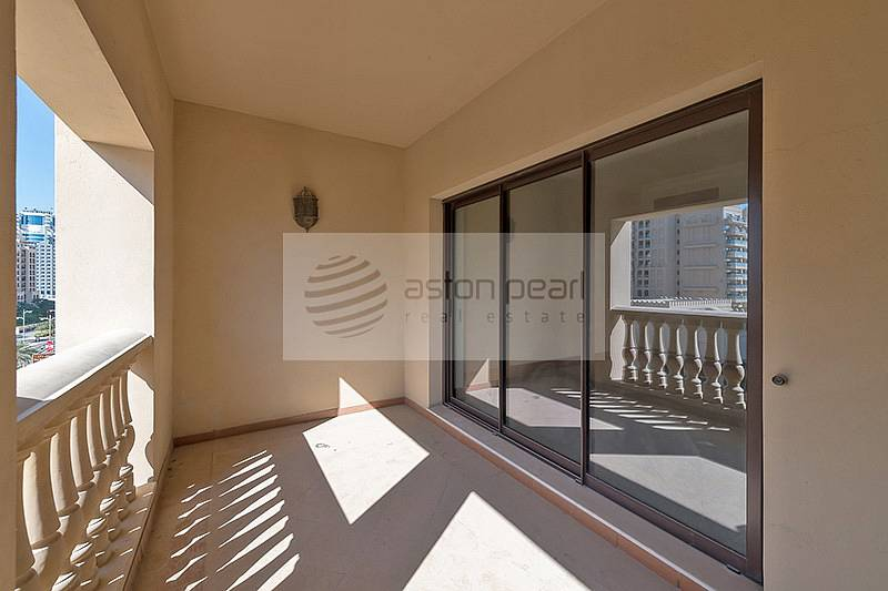 10 Most Spacious 1 Bed with Terrace | P/Sea