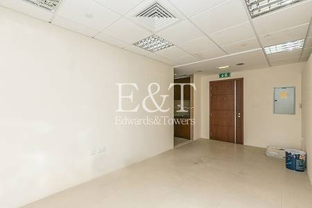 Office for Rent in Jumeirah Lake Towers (JLT), Dubai - Excellent Fitted with Balcony -Metro JLT