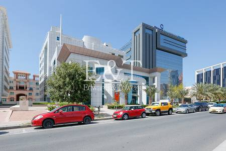 Office for Rent in Dubai Internet City, Dubai - Exclusive Office Unit in Brand New Building