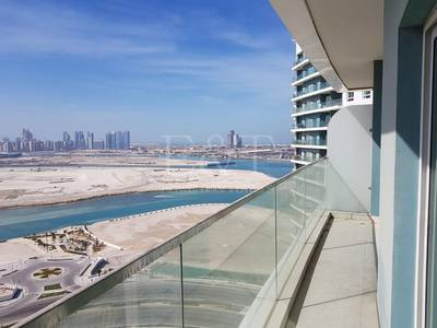 1 Bedroom Apartment for Sale in Al Reem Island, Abu Dhabi - Seaview from Balcony Quality 2Bed Amaya