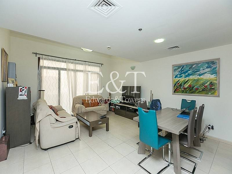 4 BR Inner Townhouse|Private Parking