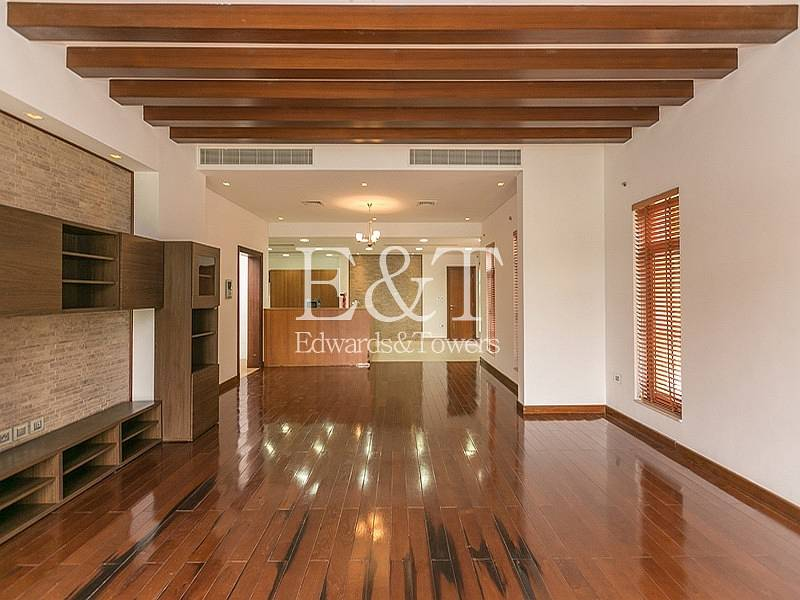 2 Full Lake view | 5 Beds |The Mansions