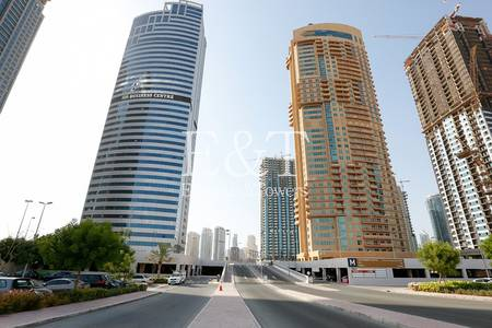 Office for Sale in Jumeirah Lake Towers (JLT), Dubai - Ready Fitted Office to Own New Business.