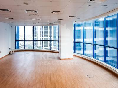 Office for Rent in Jumeirah Lake Towers (JLT), Dubai - Fitted Office Space with Lake and Community