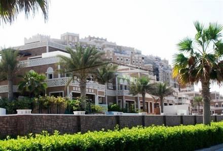 4 Bedroom Apartment for Sale in Palm Jumeirah, Dubai - Unique Unit! HOT DEAL! 4br - Corner Unit  in Balqis Residence-4
