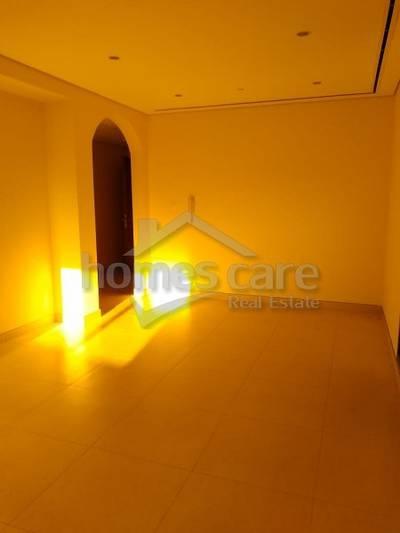 3 Bedroom Flat for Rent in Bur Dubai, Dubai - 3 Bedroom Apartment with Balcony in Meena Bazar, Bur Dubai