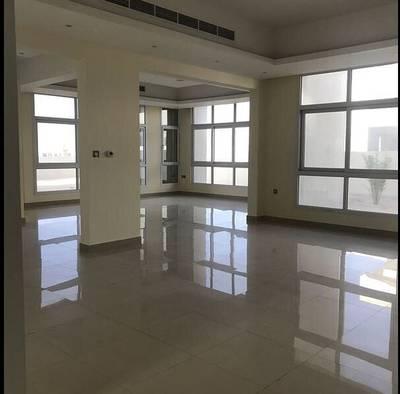 5 Bedroom Villa for Rent in Nad Al Sheba, Dubai - modern villa berand new 5bed room in nadalsheba with extension