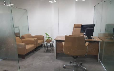 Office for Rent in International City, Dubai - Stunning Offices-Dewa-Internet-Chiller free-Whole year contract