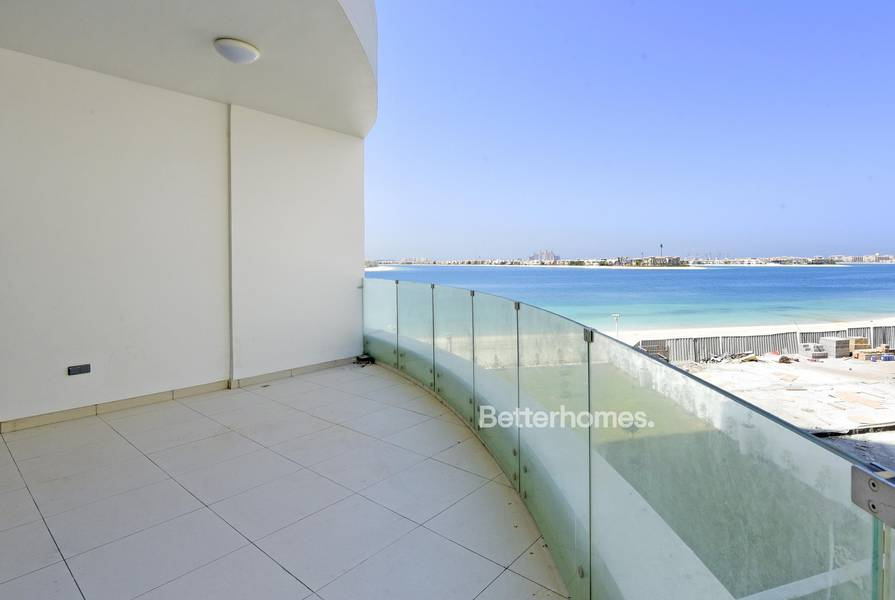 Outstanding sea view furnished at Royal Bay Palm