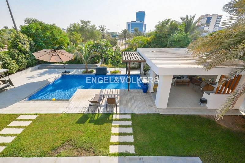 11 Exclusive| VOT | Upgraded | Private Pool