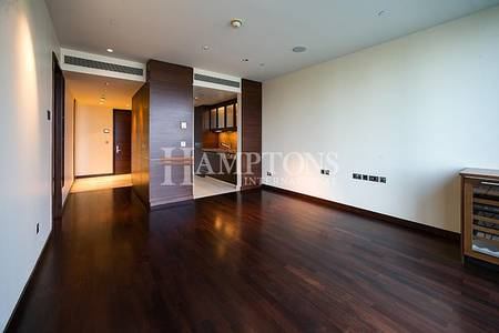Studio for Sale in Downtown Dubai, Dubai - Beautiful Studio in Burj Khalifa | Sea View