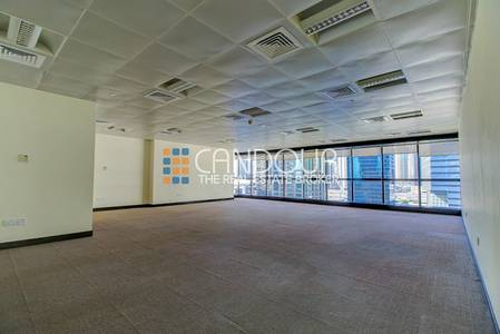 Office for Rent in Jumeirah Lake Towers (JLT), Dubai - Lake  View   One Full Glass Pane  Office