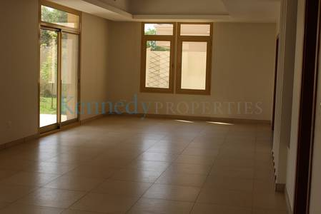 4 Bedroom Townhouse for Rent in Khalifa City A, Abu Dhabi - 4 Bedroom Townhouse in lovely golf gardens