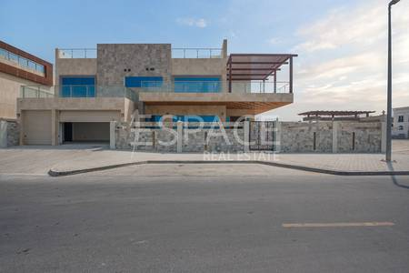 5 Bedroom Villa for Sale in Pearl Jumeirah, Dubai - Stunning Villa | Custom Made | Big Plot