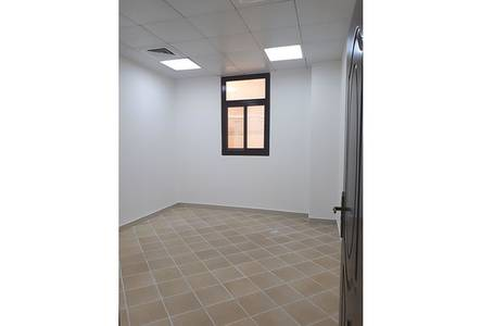 Studio for Rent in Al Dhafrah, Abu Dhabi - studio flat with legal tatweeq no commission fee nice area with permit parking