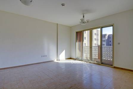 1 Bedroom Flat for Sale in Dubai Waterfront, Dubai - Bright One Bedroom | Vacant On Transfer.