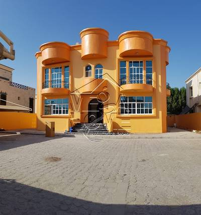 6 Bedroom Villa for Rent in Khalifa City A, Abu Dhabi - STAND-ALONE 6 BED VILLA W/DRIVER / HIGH FINISHING