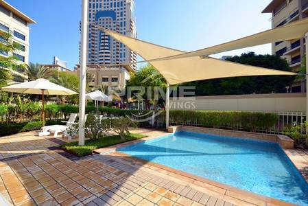 3 Bedroom Apartment for Sale in The Greens, Dubai - Good Deal For 3Br+laundry in Greens