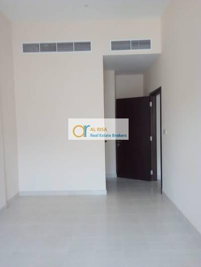 مبنی تجاري  للايجار في ديرة، دبي - Brand New Full Building Available at Hor Al Anz