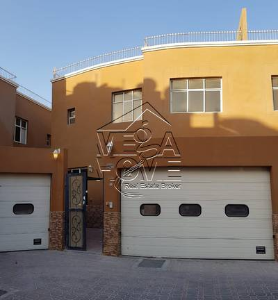 4 Bedroom Villa for Rent in Khalifa City A, Abu Dhabi - EXCELLENT DEAL 1-MONTH FREE 4 MBR VILLA W-POOL