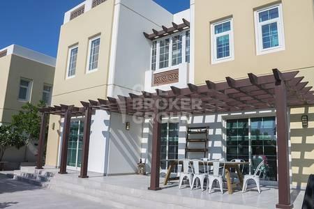 3 Bedroom Villa for Sale in Mudon, Dubai - Exception Architectural Design 3BR Villa