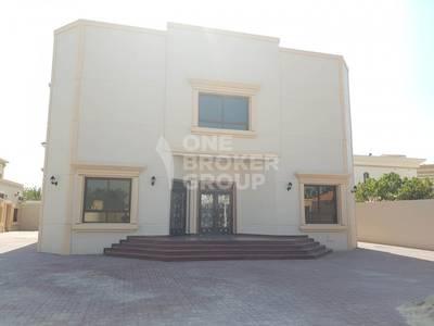 5 Bedroom Villa for Rent in Al Mizhar, Dubai - fully renovated 5 bedroom villa w/ Mulhaq