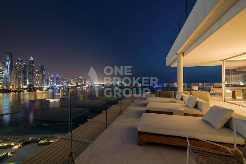 NY Style Duplex Penthouse 4 Bed Sea view