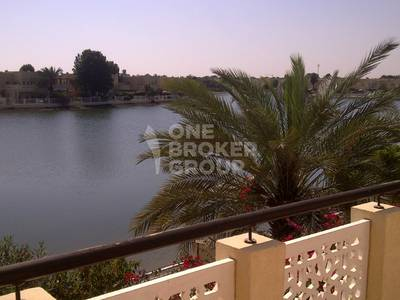 4 Bedroom Villa for Rent in The Lakes, Dubai - Charming Views of Lake