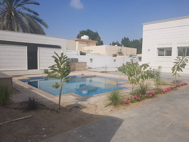 ***** Spacious Beautiful 4Bhk Single Storey Villa with Pool available for rent in Al Khezamia Area *****
