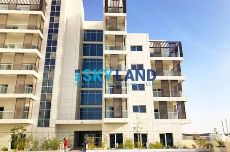 1 Bedroom Flat for Sale in Masdar City, Abu Dhabi - vacant ! large 1bedroom apt in leonardo 800k only!